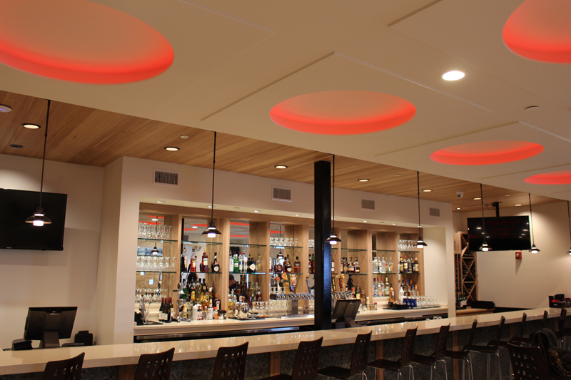 http://www.seachasers.com/wp-content/uploads/2016/01/Entertainment-Bar-with-Red-Lights.jpg